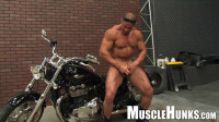 MuscleHunks - The Return of Eddie Camacho (vid, live, raw, stud, style)