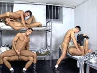 Prison 1 Abus Sexuels (Banged Behind Bars)