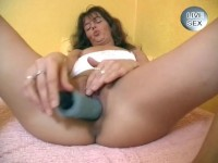 Live sex with a dildo and cock