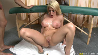 Beautiful Blonde Knows How To Make A Nice Massage