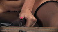 Syren de Mer BaRS's show with punishing BBC deepthroat