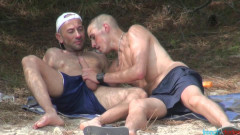 FrenchDudes- Good fuck on a towel on the beach (Kyle Lena Jess Royan)
