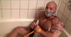 Billy Gunz shower bondage - free download