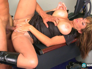 Angelina Verdi - Officer Angelina FullHD 1080p