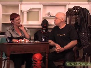 SI - Dominatrix Minax Interviews Mark from SeriousBondage