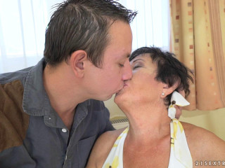 Grandma Likes Penetrating