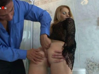 Explosive Dildo and Going knuckle deep Intensity Action Legal