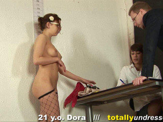 Fully Unwrapped - Dora 21 y.o.