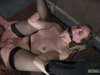 Sierra Cirque in her elegant pantyhose and super-sexy high-heeled shoes is roped and cruelly penetrated until Squirting!