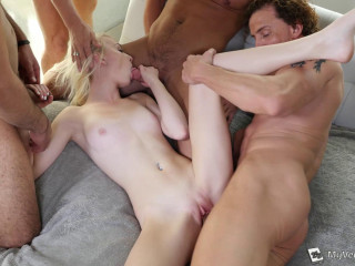 Maddy Rose - Maddys Very first Gang-bang (2015)