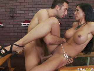Sizzling Mummy Has A Great Time With The Owner Of Jewelry Store