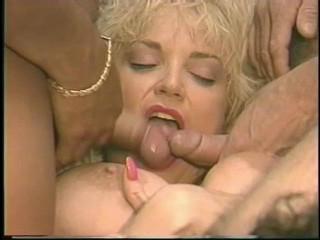 Pornography Star Legends: Chessie Moore