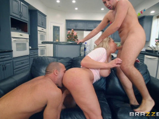 Ryan Conner - My Buddies Plowed My Mom FullHD 1080p