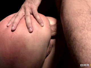 Sexy Sweetie Is So Bad And Disobedient Dame