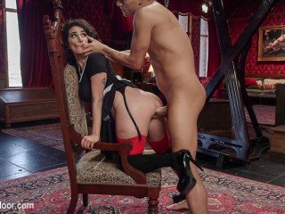 Arabelle Raphael Gets Fleshy Vengeance on Rich Biotch Violet Monroe