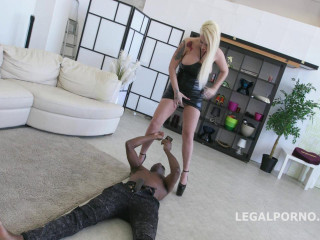 Blackbuster Candela X gets rough rectal lesson with Mike Chapman No Pussy