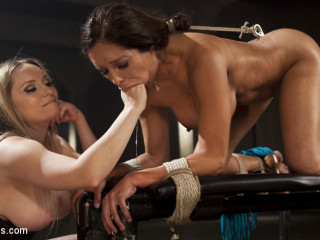 The Submission: Francesca Le gives up to Aiden Starr