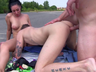 Bimaxx - 2 Bisexual Spunk-pumps screwing one stunner