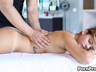 Keisha Grey in the episode After Exercise Rubdown