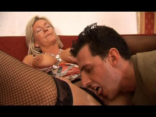 Horny mother wants a cock