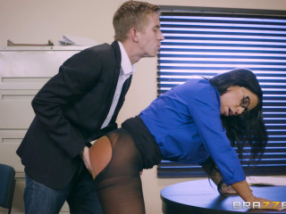 Simone Garza, Danny D - Stream For A Loan FullHD 1080p