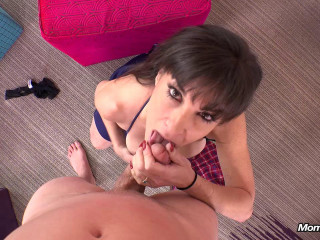 48 yr old very sexual swinger MILF- E305