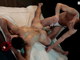 Kinky Massagist Rock-hard Romping