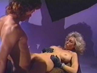 Dark-hued Sweetie (1989)
