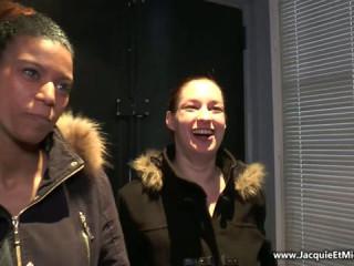 Elodie et Safia, bukkake avec 70 mecs pour debuter