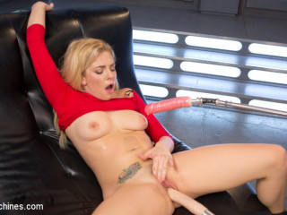 Fabulous Platinum-blonde Honey Gets Screwed Into Oblivion