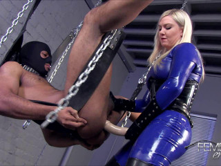 Plunged by my Strap-on (Lexi Sindel) 720p