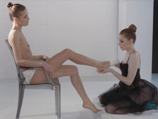 Ballerinas Mia Reese and Rossy Pubic hair Have Strapless Fake penis Joy