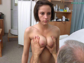 Anabelle (21 years chick gyno exam)