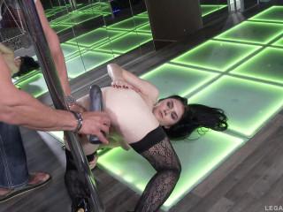 Crystal Greenvelle 100% dual anal in real stripclub
