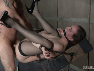Sierra Cirque in her fashionable pantyhose and splendid high-heeled shoes is tied and brutally plumbed until Squirting!