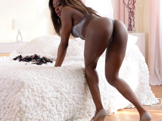 Black Ultra-cutie Drains Deep With Pinkish Toy