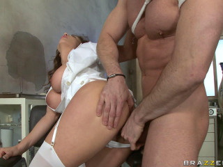 He Has A Midnight Sex With Super-hot Nurse
