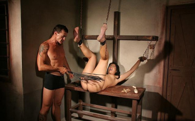 bdsm The slave collector - An usual day at the office Part 1