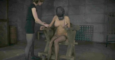 Hot Girl Loves To Torture