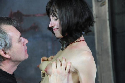 Elise Graves Tries Hot Torture