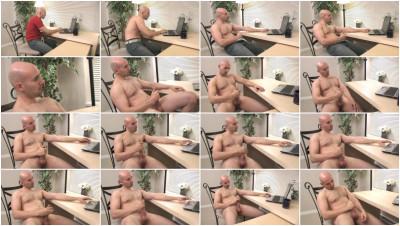 Horny man beating it