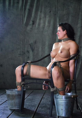 Hot Peni In Bondage