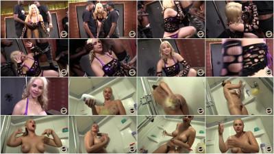 Behind The Scenes — Sarah Vandella