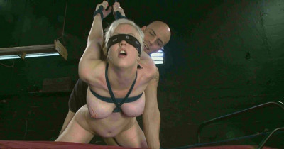 bdsm Cherry Torn, Derrick Pierce-An Excellent Blowjob