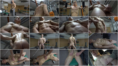 Pumping Muscle – Bodybuilder Mason R. Photo shoot 1