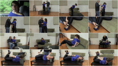 Elizabeth Andrews Disgruntled Girlfriend (2015)