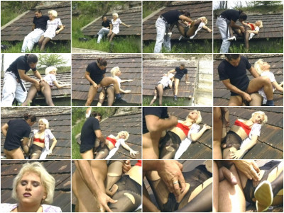 Outdoor sex with blondy