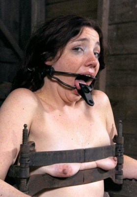 Little Whore in BDSM action
