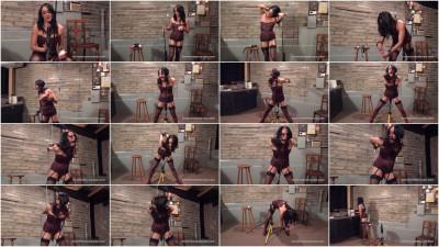Chimera's Pornstars – Chloe Lovette
