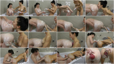 Creamy fun with Hotkinkyjo.